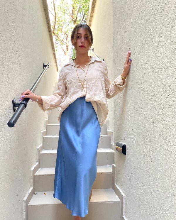 חצאית סאטן KIMI תכלת