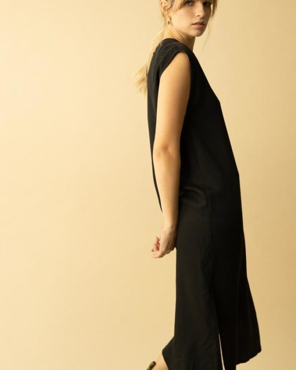 שמלת מאי שחורה